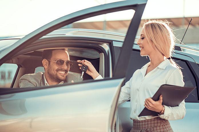 Jak wymieniać nowy samochód co kilka lat