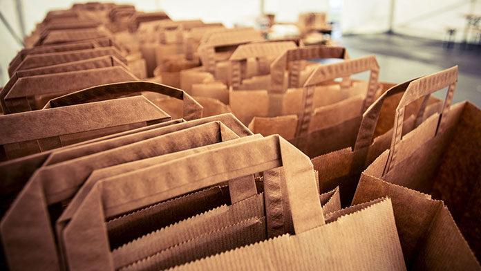 Czy warto kupić torby papierowe do sklepu